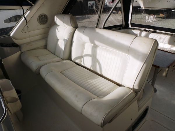 Sealine 290 Ambassador boat for sale