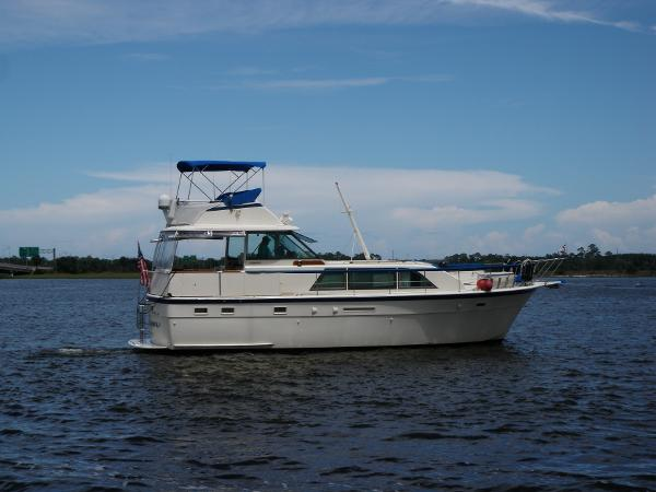 1984 43' Hatteras Flybridge Double Cabin