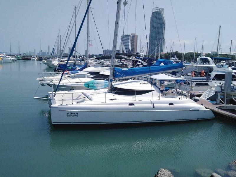 ATHENA 38 Catamaran-1