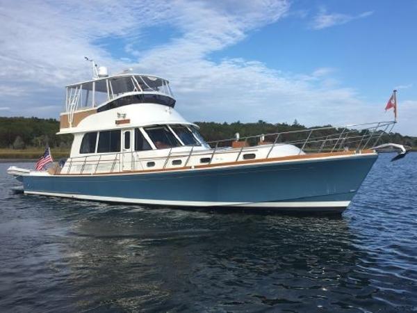 Best Trawler Under 40 Feet
