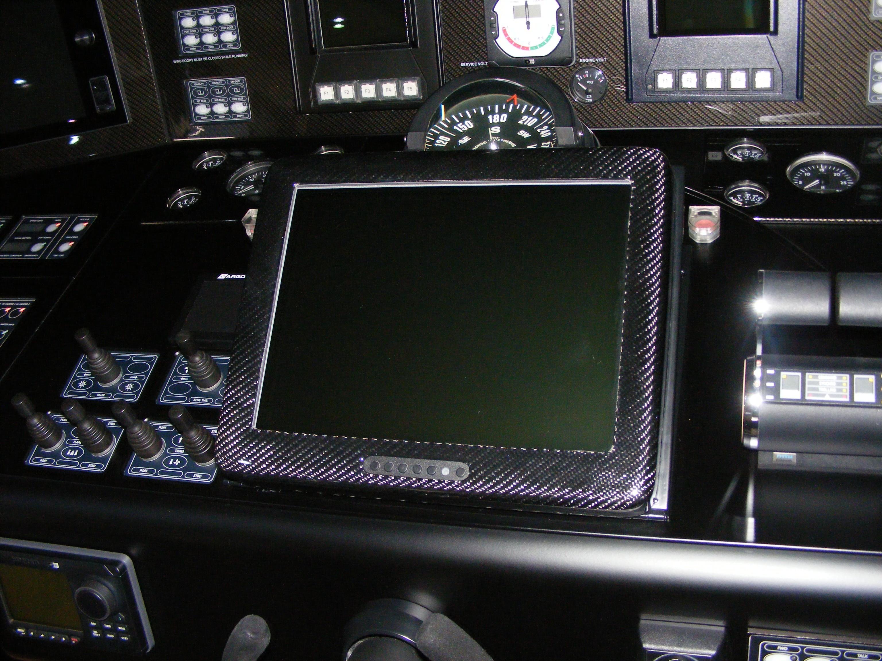 2002 Pershing 88 - Dash