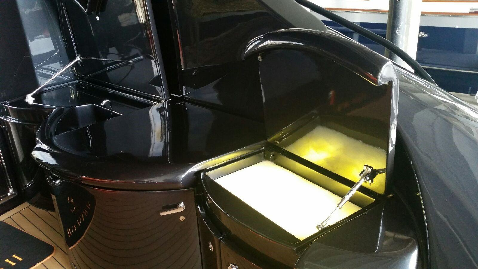2002 Pershing 88 - Custom Baclit Onyx Tray