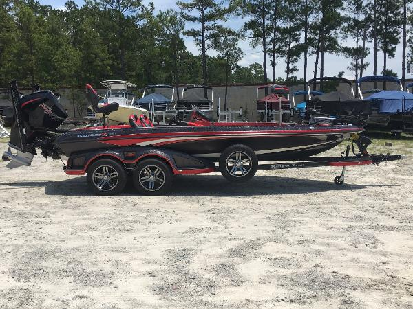 2020 Ranger Boats boat for sale, model of the boat is Z520L & Image # 2 of 35