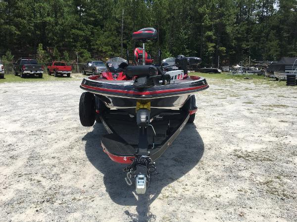 2020 Ranger Boats boat for sale, model of the boat is Z520L & Image # 8 of 35