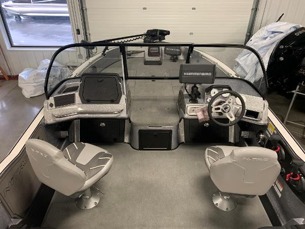 2020 Nitro boat for sale, model of the boat is ZV20 Pro & Image # 7 of 18