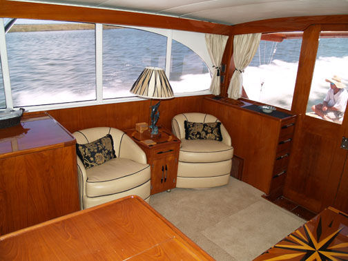 Salon To Starboard