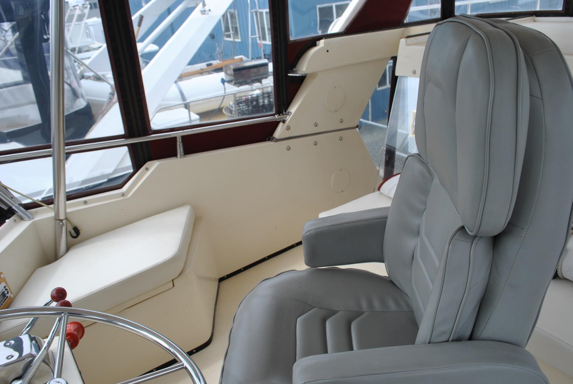 President 37 AFT Cabin Motor Yacht