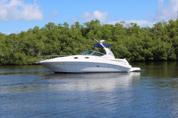 2007 32' Sea Ray Sundancer