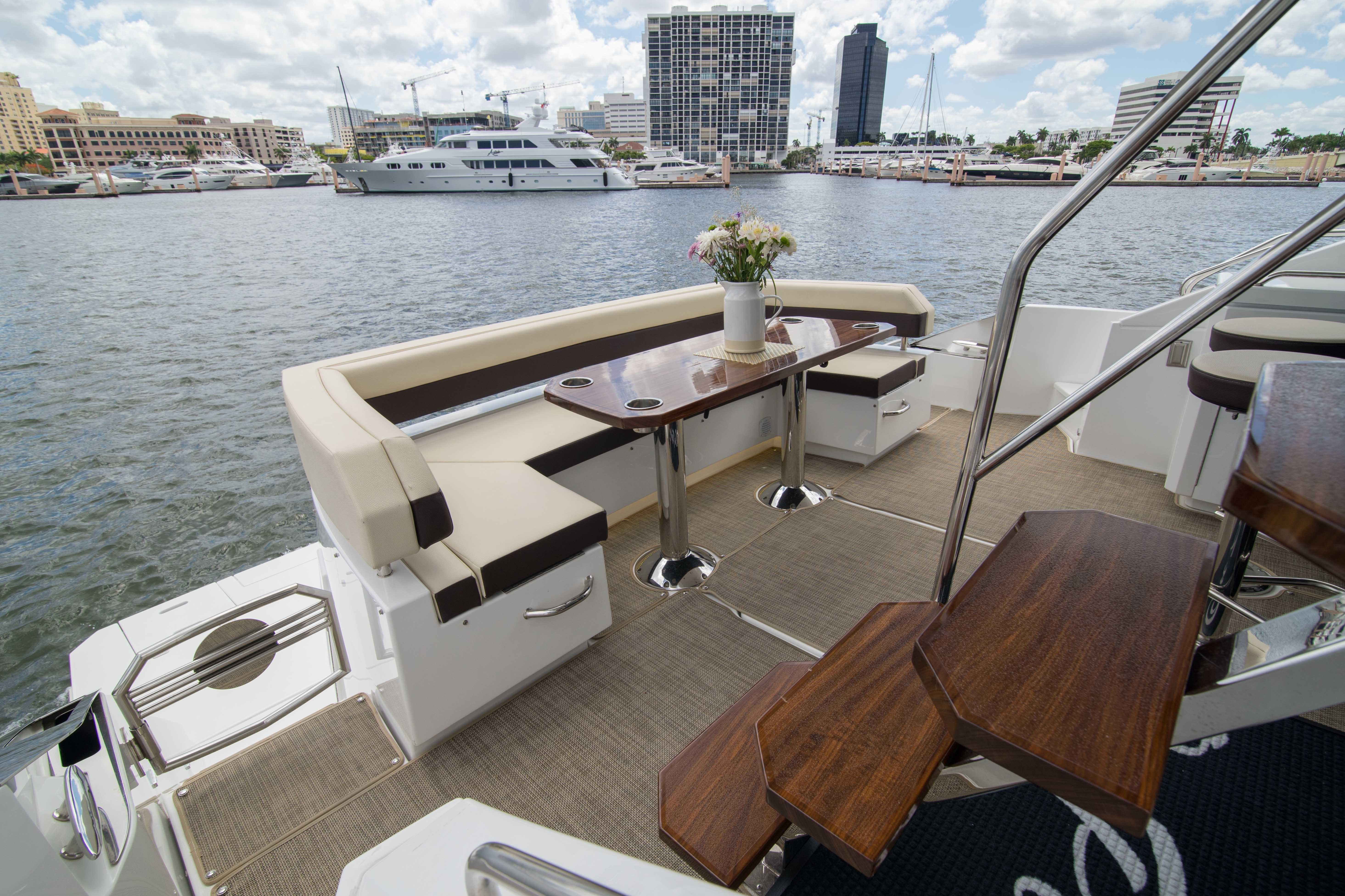 60 Cruisers Yachts On Point 2018 West Palm Beach Denison Yacht Sales