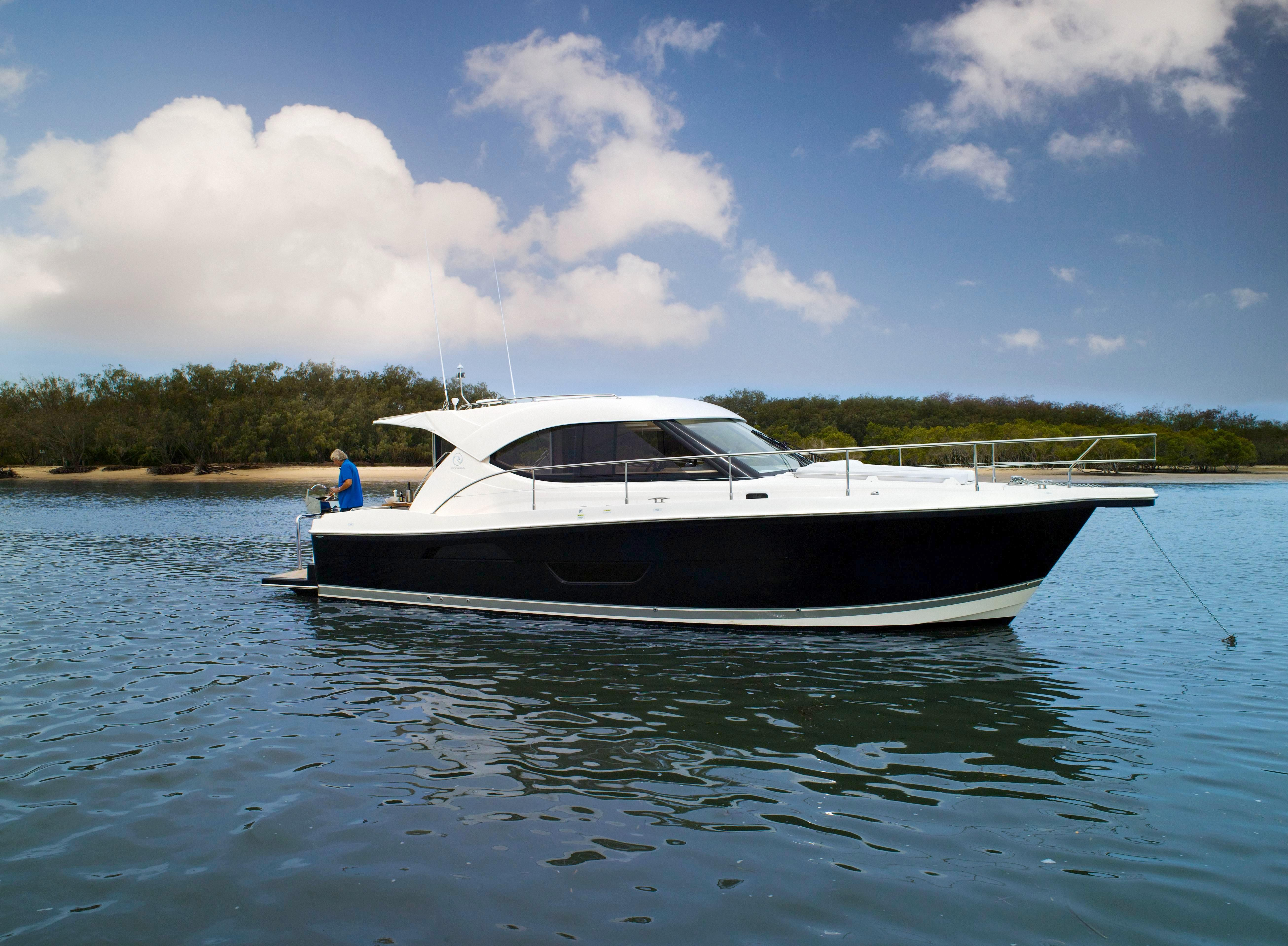 Midnight Express Boat For Sale >> 36 Riviera 2017 For Sale in Dania Beach, Florida, US | Denison Yacht Sales