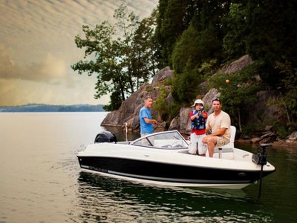 2020 Bayliner boat for sale, model of the boat is 170 Bowrider & Image # 10 of 19