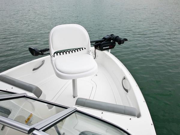 2020 Bayliner boat for sale, model of the boat is 170 Bowrider & Image # 18 of 19