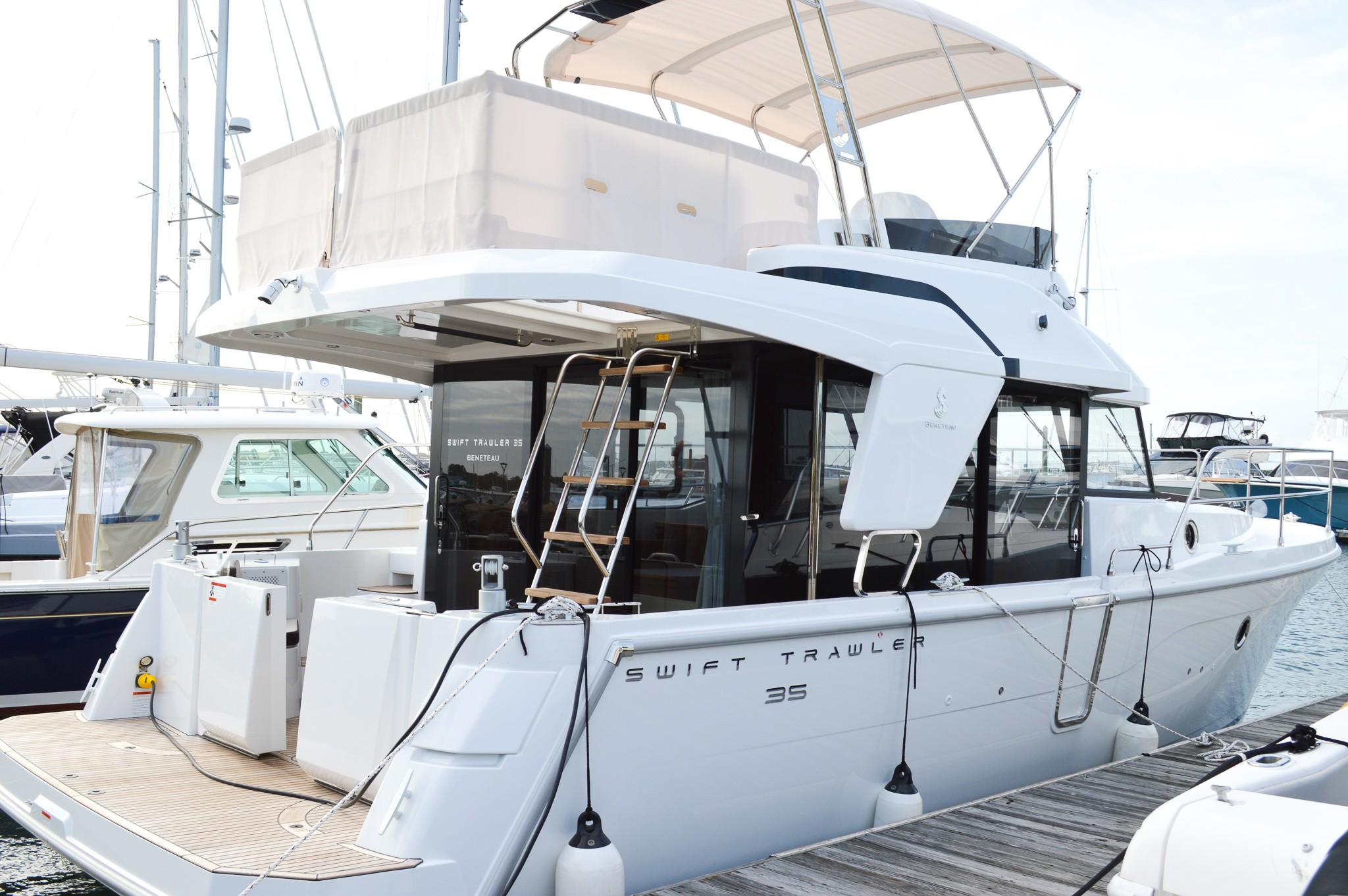 Beneteau Swift Trawler 35 - In Stock