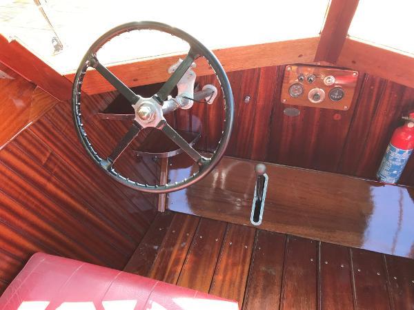 1948 Andrews 30 Slipper Stern