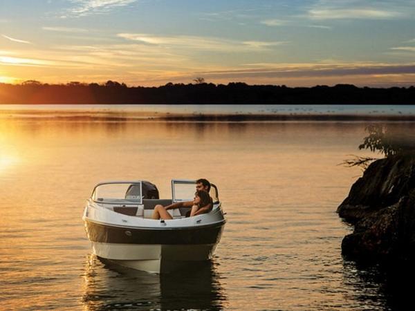 2020 Bayliner boat for sale, model of the boat is 180 Bowrider & Image # 6 of 31