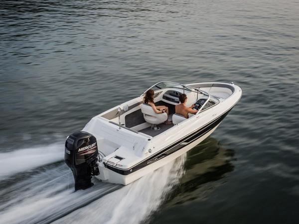 2020 Bayliner boat for sale, model of the boat is 180 Bowrider & Image # 8 of 31
