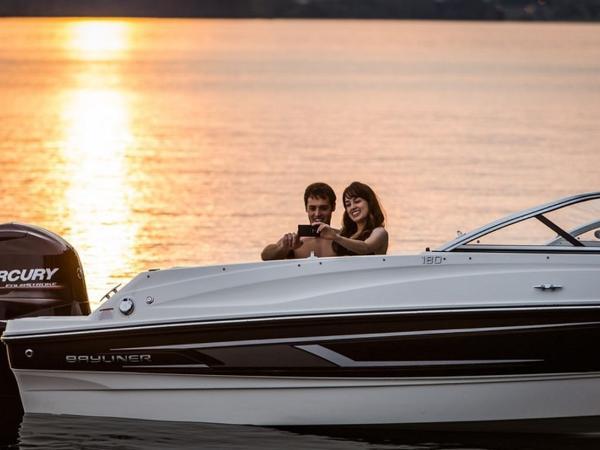 2020 Bayliner boat for sale, model of the boat is 180 Bowrider & Image # 21 of 31