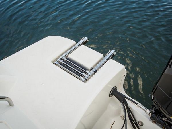 2020 Bayliner boat for sale, model of the boat is 180 Bowrider & Image # 25 of 31