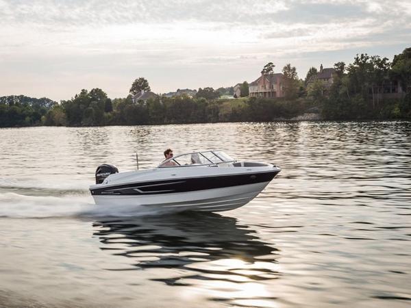 2020 Bayliner boat for sale, model of the boat is 180 Bowrider & Image # 28 of 31