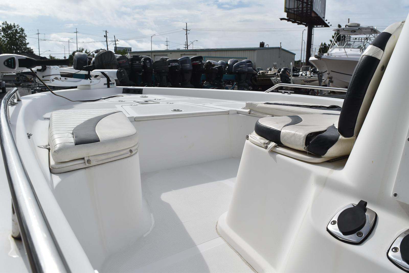 2006 Bay Stealth boat for sale, model of the boat is 2030 & Image # 11 of 12