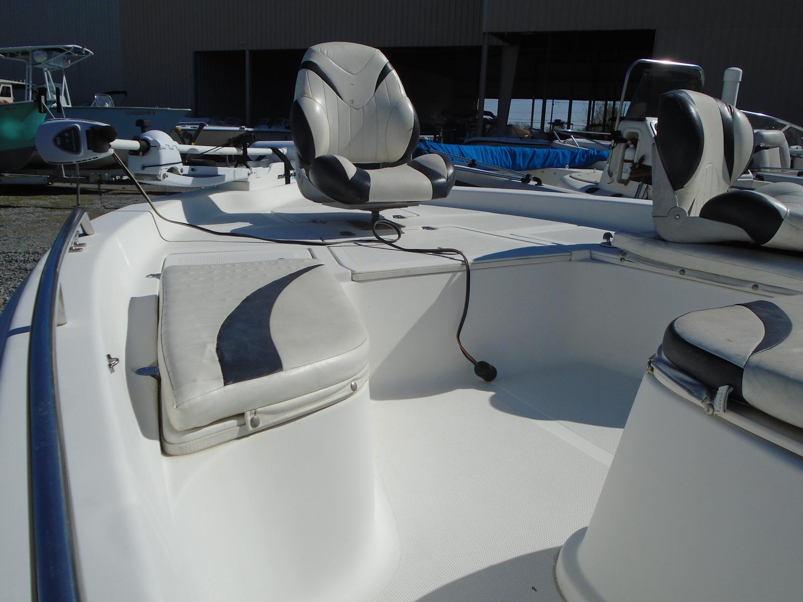 2006 Bay Stealth boat for sale, model of the boat is 2030 & Image # 2 of 12