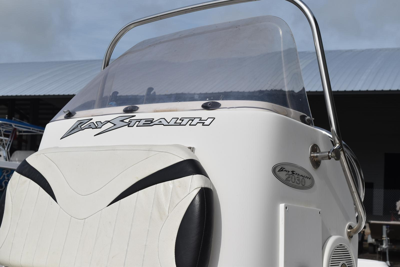 2006 Bay Stealth boat for sale, model of the boat is 2030 & Image # 6 of 12