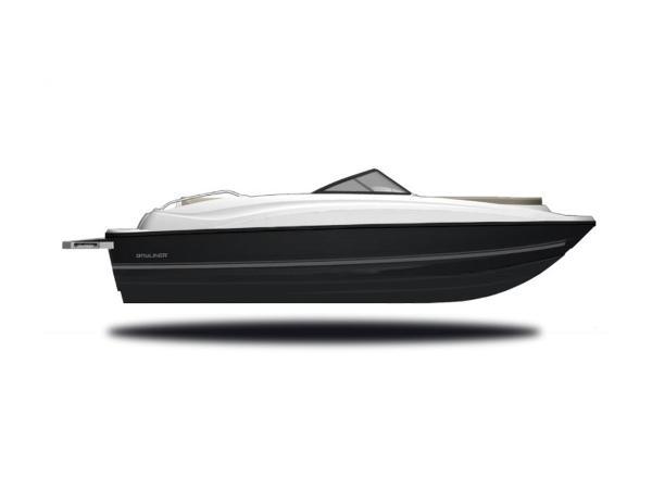 2020 Bayliner boat for sale, model of the boat is 210 Deck Boat & Image # 2 of 33