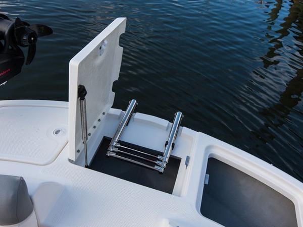2020 Bayliner boat for sale, model of the boat is 210 Deck Boat & Image # 11 of 33