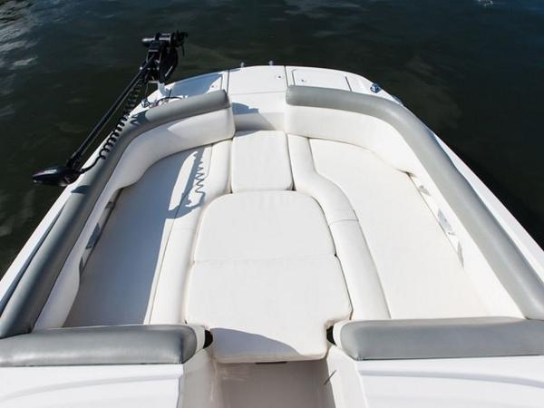 2020 Bayliner boat for sale, model of the boat is 210 Deck Boat & Image # 14 of 33
