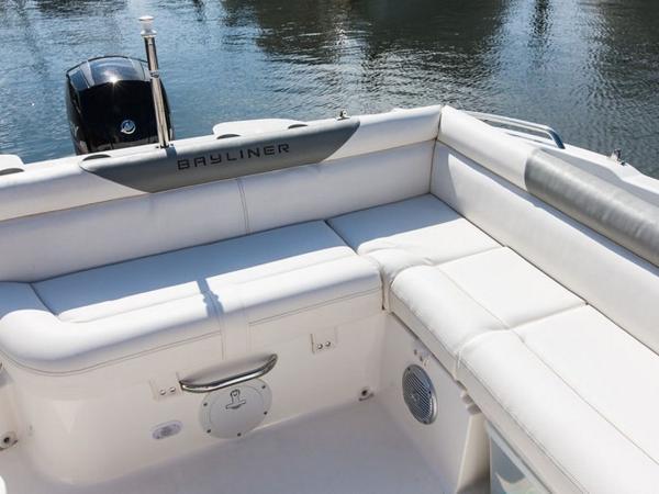 2020 Bayliner boat for sale, model of the boat is 210 Deck Boat & Image # 15 of 33