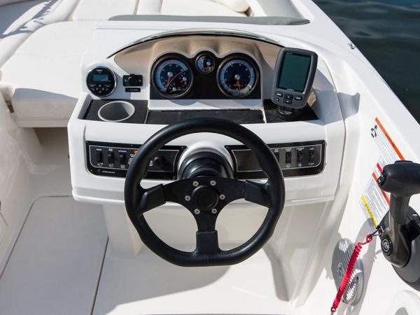 2020 Bayliner boat for sale, model of the boat is 210 Deck Boat & Image # 19 of 33