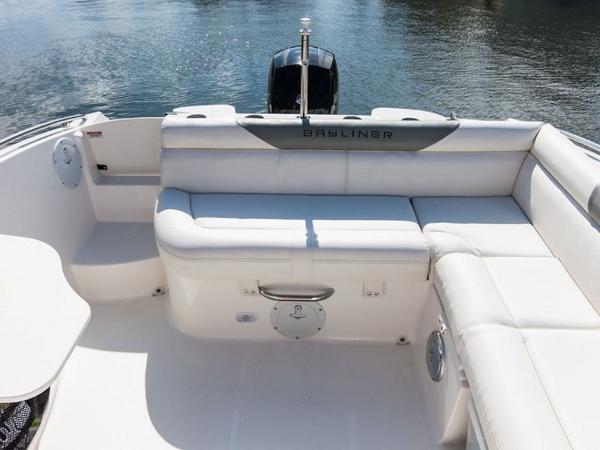 2020 Bayliner boat for sale, model of the boat is 210 Deck Boat & Image # 25 of 33