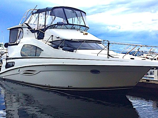 Picture Of:  39' Silverton 39 Motor Yacht 2005Yacht For Sale | 1 of 45