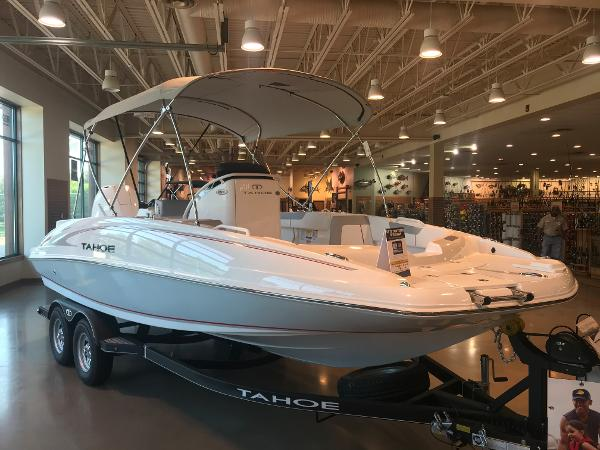 2020 Tahoe boat for sale, model of the boat is 2150 CC & Image # 2 of 91