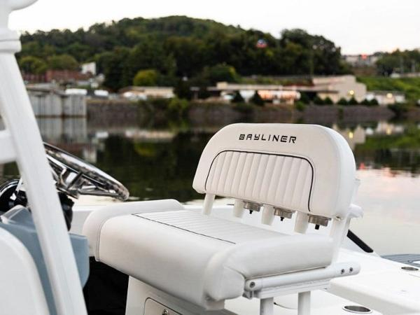 2020 Bayliner boat for sale, model of the boat is T22CX & Image # 26 of 46
