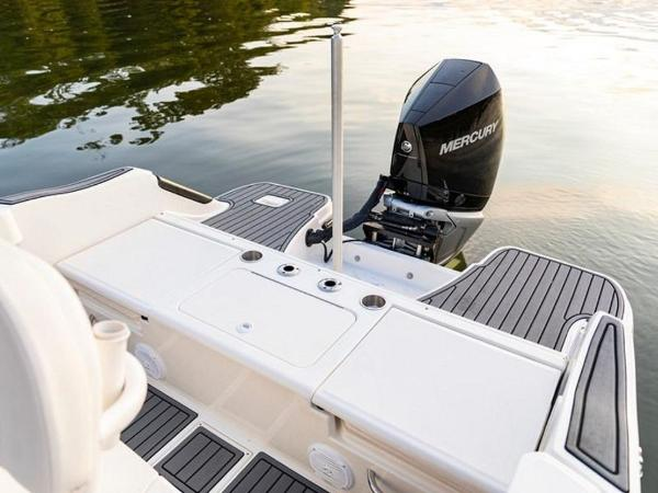 2020 Bayliner boat for sale, model of the boat is T22CX & Image # 40 of 46