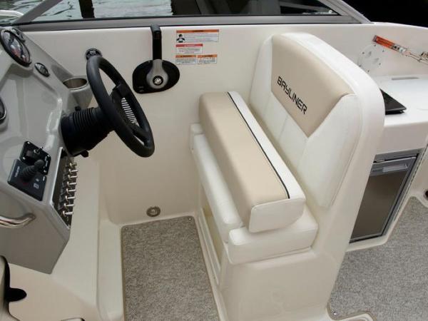 2020 Bayliner boat for sale, model of the boat is 742R & Image # 3 of 23