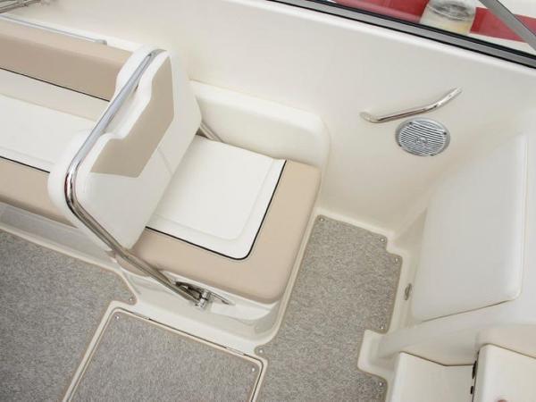 2020 Bayliner boat for sale, model of the boat is 742R & Image # 9 of 23