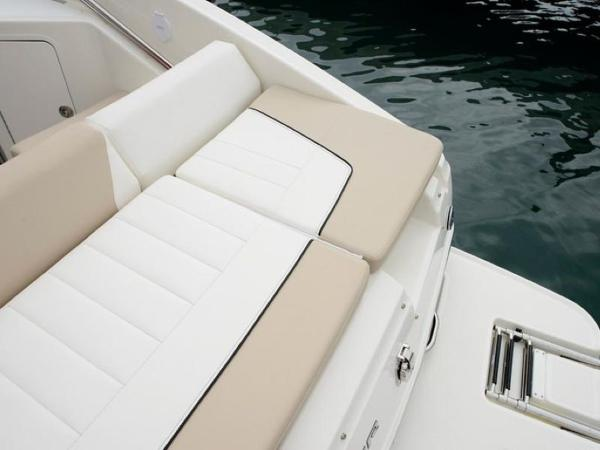 2020 Bayliner boat for sale, model of the boat is 742R & Image # 19 of 23