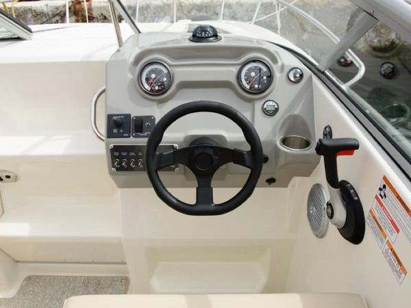 2020 Bayliner boat for sale, model of the boat is 742R & Image # 20 of 23