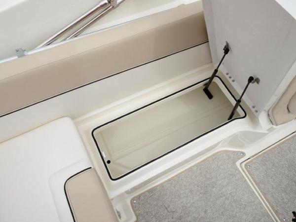 2020 Bayliner boat for sale, model of the boat is 742R & Image # 21 of 23
