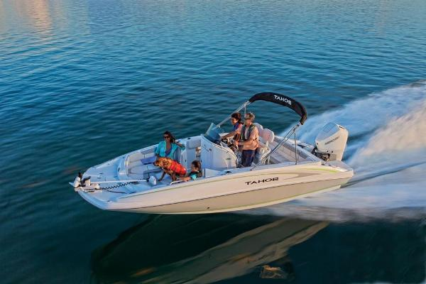 2020 Tahoe boat for sale, model of the boat is 2150 CC & Image # 8 of 96