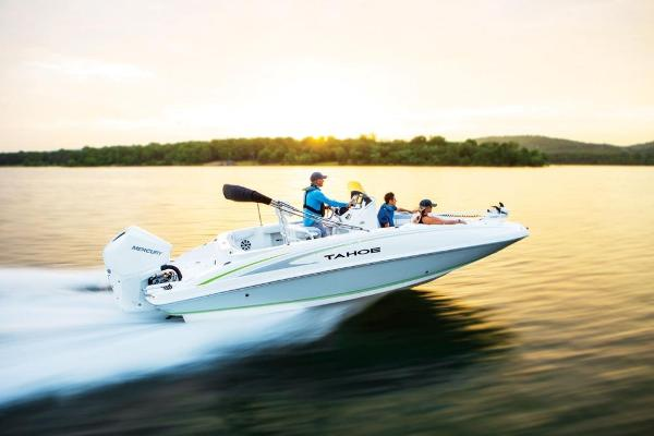 2020 Tahoe boat for sale, model of the boat is 2150 CC & Image # 16 of 96