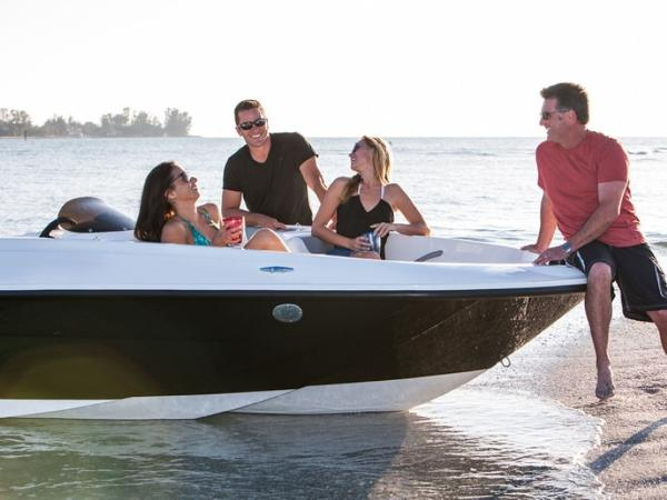 2020 Bayliner boat for sale, model of the boat is ELEMENT E5 & Image # 6 of 41