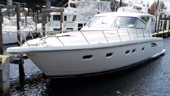 52 ft Tiara 5200 Express