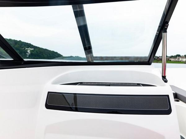 2020 Bayliner boat for sale, model of the boat is VR4 BOWRIDER & Image # 4 of 96