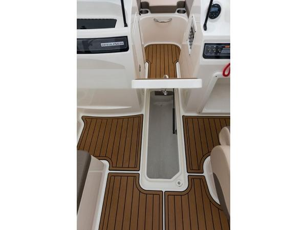 2020 Bayliner boat for sale, model of the boat is VR4 BOWRIDER & Image # 19 of 96