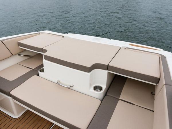 2020 Bayliner boat for sale, model of the boat is VR4 BOWRIDER & Image # 20 of 96