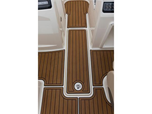 2020 Bayliner boat for sale, model of the boat is VR4 BOWRIDER & Image # 30 of 96