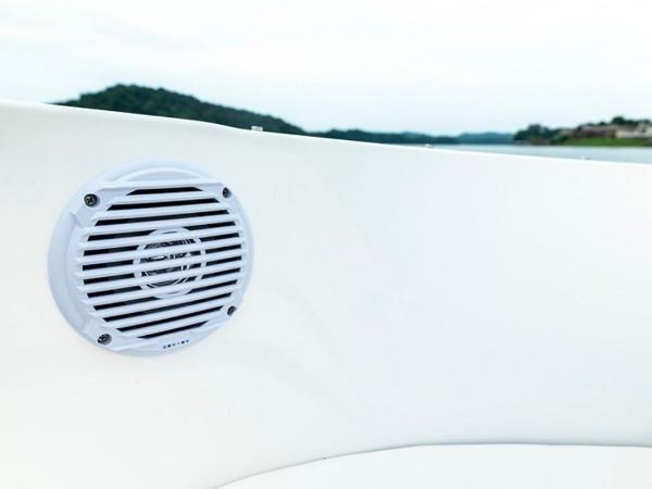2020 Bayliner boat for sale, model of the boat is VR4 BOWRIDER & Image # 35 of 96